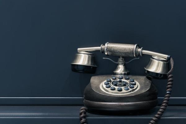 電話 夢占い 仕事